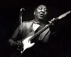 Muddy Waters Honored with Nine-Story Mural in Chicago