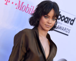 Rihanna First to Five No. 1s in One Year on Dance Club Songs Chart