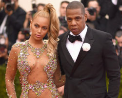 Beyonce Posts Behind-the-Scenes Photos From JAY-Z's 'Family Feud' Video