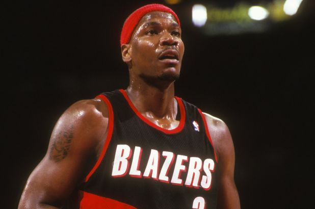 Former Portland Trail Blazers star Clifford Robinson dies at 53